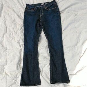 Levi size 12M jeans.